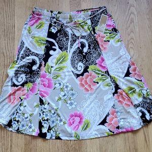 NWT JM Collection floral stretch skirt petite L